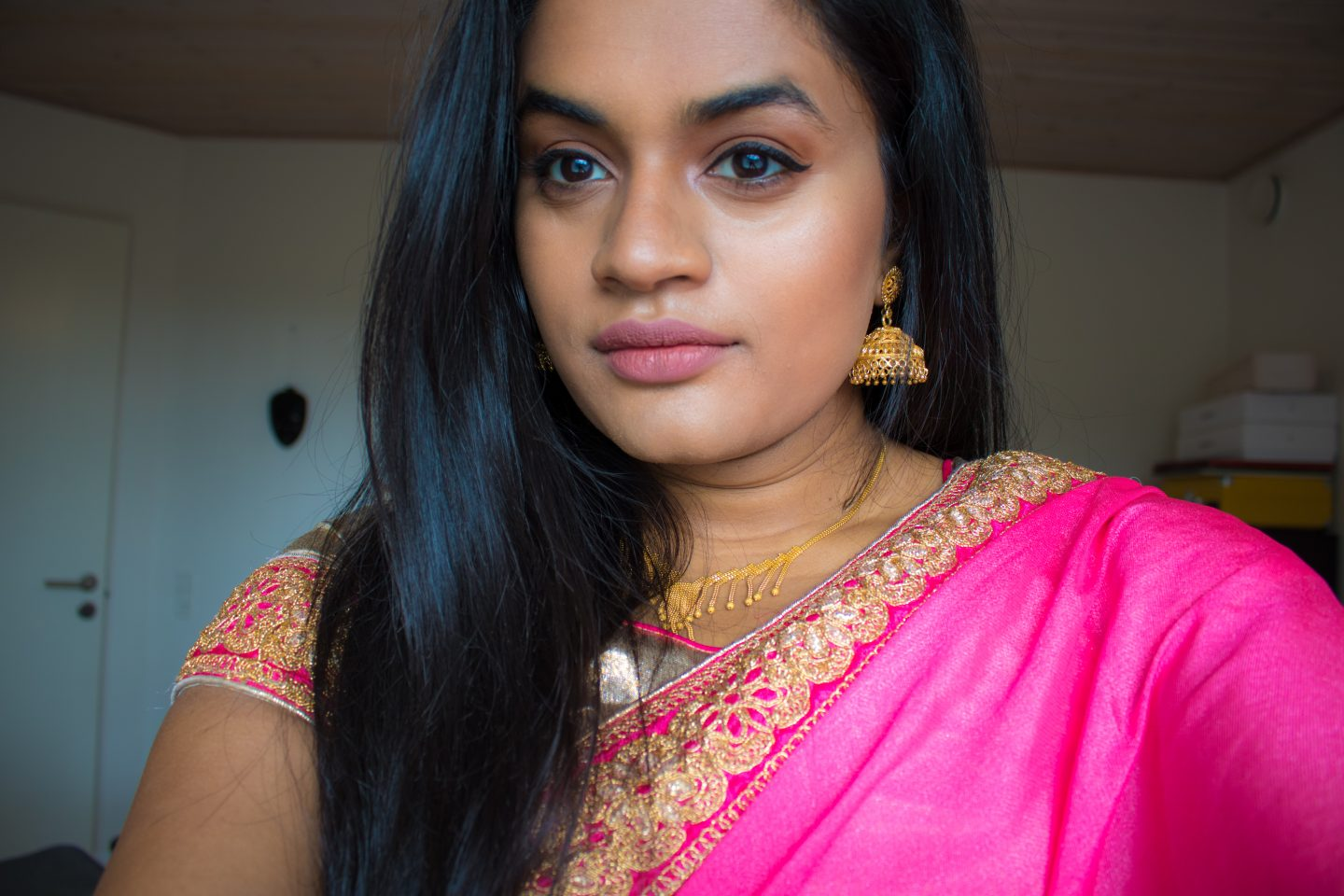Traditional Model And Simple Look: GRWM: Traditional Simple Saree Look
