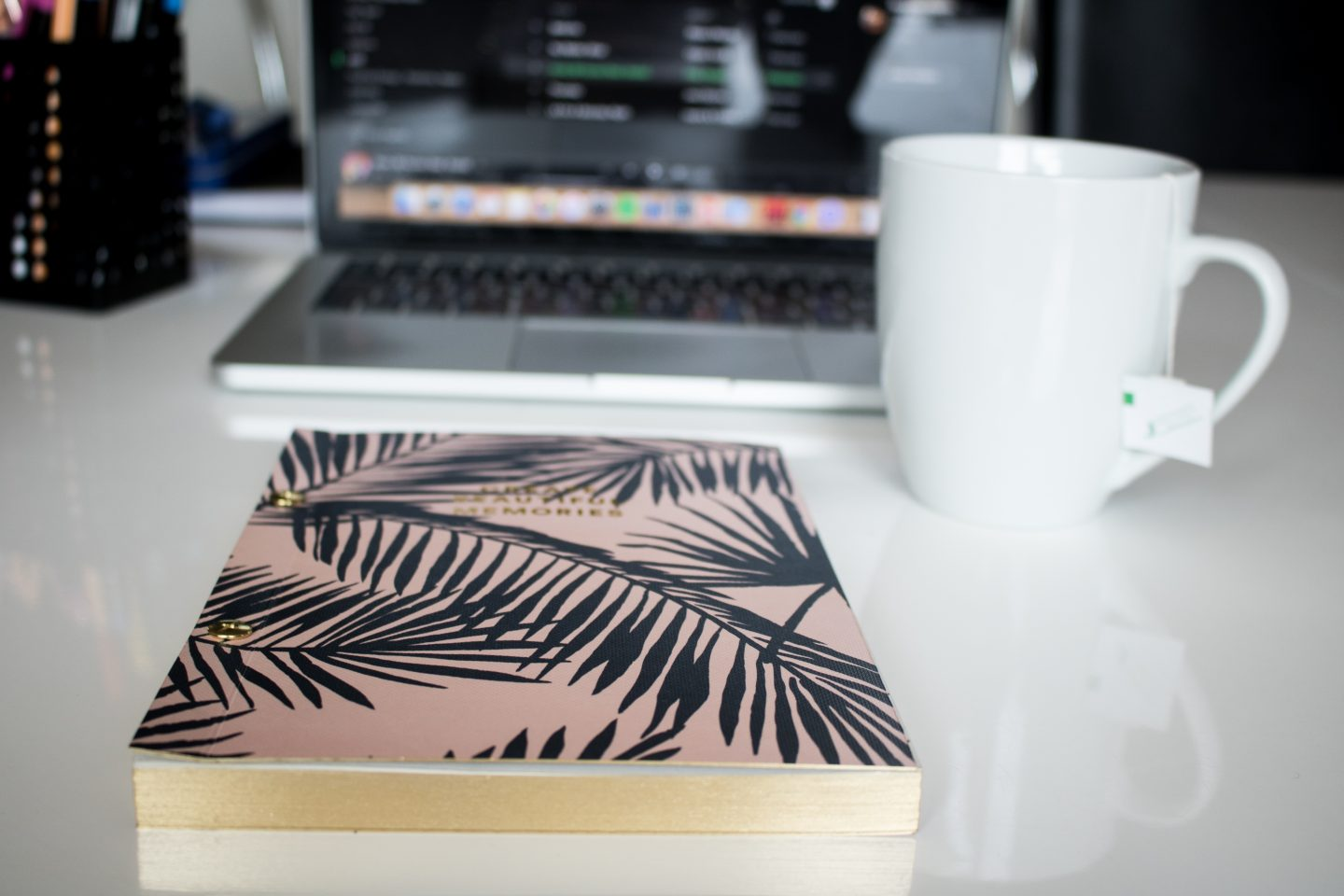 5 Reasons To Have A Gratitude Journal